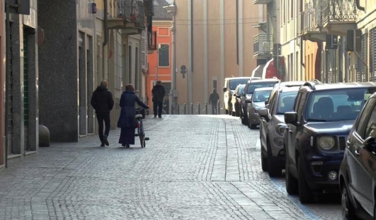 Autoritățile din orășelul Codogno au suspendat activitățile publice și le-au indicat locuitorilor să stea acasă