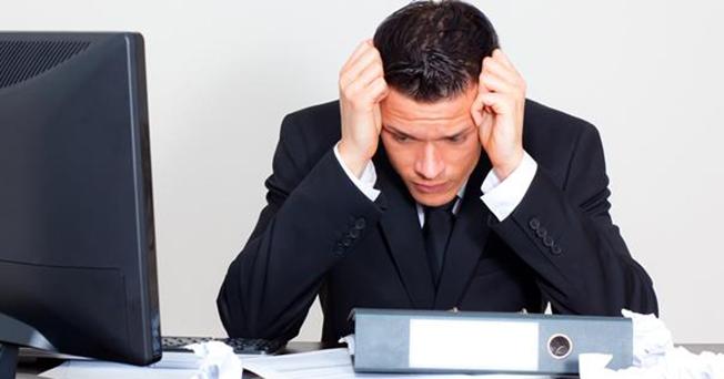 Creșterea la 1.900 lei a salariului minim pe economie a creat dificultăți pentru aproape 80% dintre firme, potrivit unui sondaj al CNIPMMR