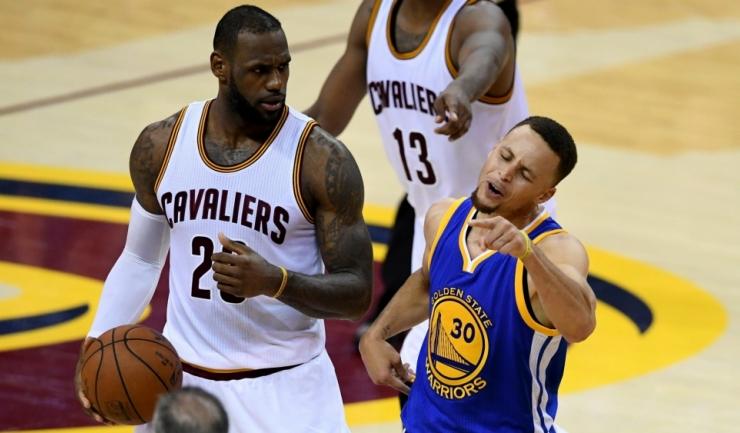 LeBron James și Stephen Curry au cele mai mari șanse să ocupe postul de căpitan de echipă la All Star Game