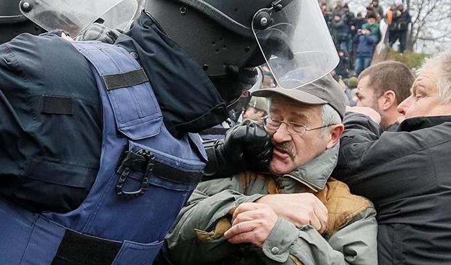 Susținătorii lui Mihail Saakașvili s-au ciocnit cu forțele de ordine ucrainene