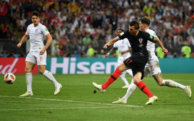 Golul lui Mandzukic a dus Croaţia în marea finală (sursa foto: Facebook FIFA World Cup)