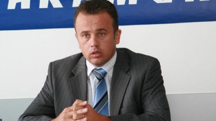 Ministrul Educaţiei, Liviu Pop