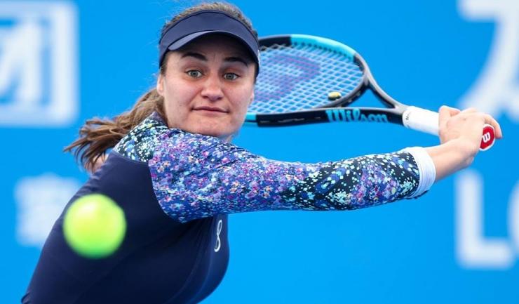 Monica Niculescu a câştigat în trei seturi