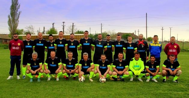 """Voinţa FCS Old-Boys 2017 Săcele se numără printre favoritele la câştigarea actualei ediţii (sursa foto: Facebook As Vointa """"FCS Old Boys 2017"""" Sacele)"""