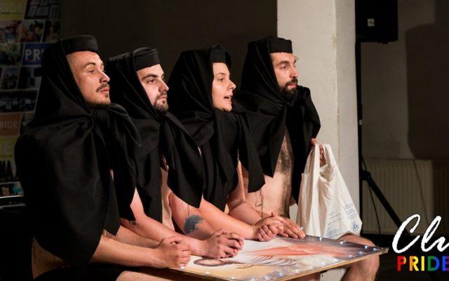 Imagine din piesa de teatru pusă în scenă de asociația clujeană LGBTQ+ Pride România
