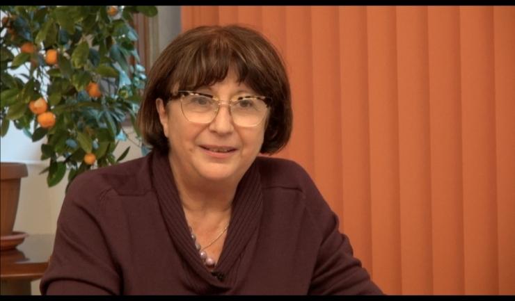 Prof. Manuela Sidoroff