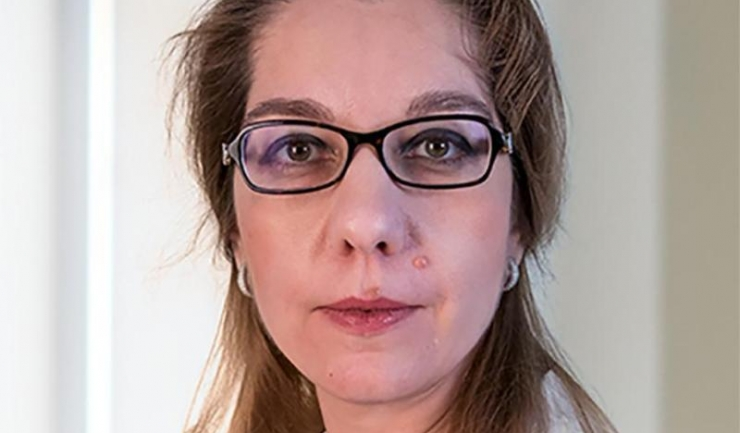 Prof. univ. dr. Elvira Brătilă,  medic primar obstetrică-ginecologie,  membru fondator al Endomedicare Academy