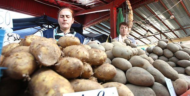 Cartofii s-au scumpit cel mai mult în ianuarie, cu 10,02%, față de ultima lună din 2018