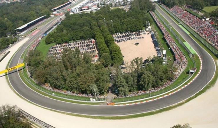 """Virajul """"Parabolica"""" de la Monza este celebru în Formula 1"""