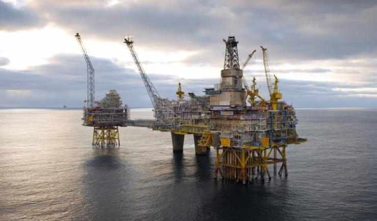 OMV Petrom are banii, dar pune pe hold investițiile în Marea Neagră, analizând acum efectele legii offshore
