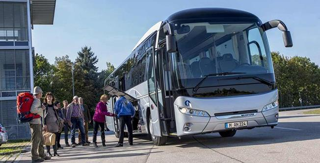 Joi, 11 octombrie, aproape 900.000 de români nu vor mai putea circula cu autocarul, între și în județele țării