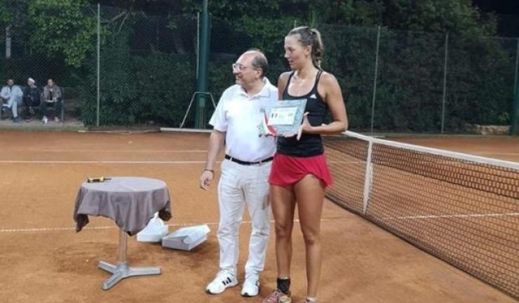 Raluca Șerban, aflată pe locul 267 WTA la simplu, va intra în Top 200 WTA la dublu