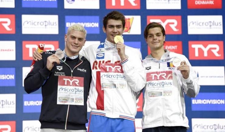 Robert Glință (dreapta) este singurul înotător român care a urcat pe podium la Copenhaga