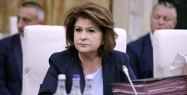 """Ministrul Fondurilor Europene, Rovana Plumb: """"Toate localitățile cu cel puțin 50 de locuitori vor fi alimentate cu apă, din bani europeni"""""""