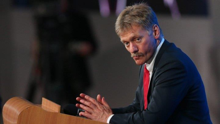 """Purtătorul de cuvânt al Kremlinului, Dmitri Peskov: """"Poziţia părţii britanice ni se pare absolut iresponsabilă (...) Suntem foarte îngrijoraţi de această situaţie (...) aici sunt prezente toate semnele unei provocări"""""""
