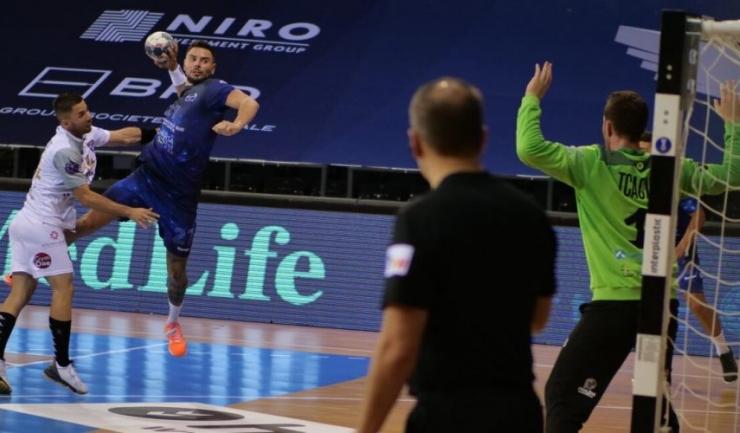 Ciprian Şandru a marcat cele mai multe goluri pentru echipa constănţeană (sursa foto: www. hcdobrogeasud.ro)