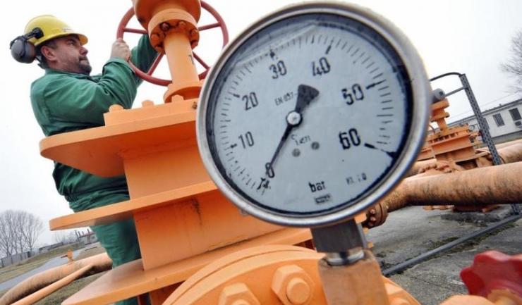 Gazele de producție internă au ajuns să coste cu 33% mai mult decât cele importate...