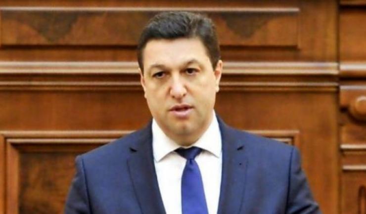 """Senatorul PSD Şerban Nicolae: """"Nu există în atribuţiile preşedintelui să ceară Guvernului să îşi verifice periodic susţinerea parlamentară"""""""