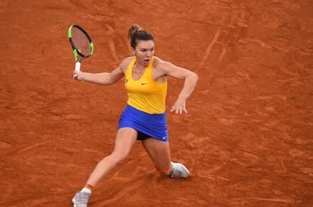 Simona Halep se pregăteşte pentru primul turneu din acest an