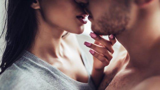 Coronavirus, transmitere sexuala