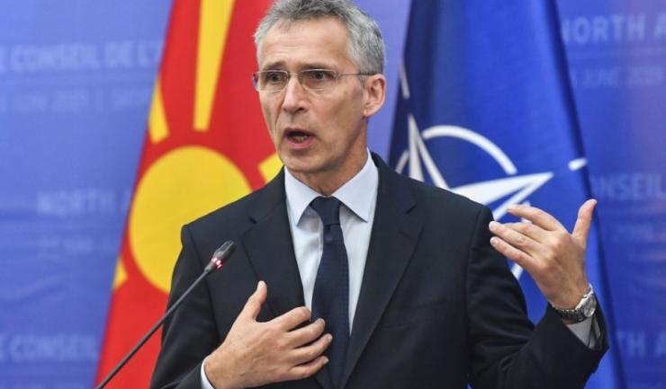 """Secretarul general al NATO, Jens Stoltenberg, vrea să înțeleagă criticile lui Macron, care afirmă că NATO se află în """"moarte cerebrală"""""""