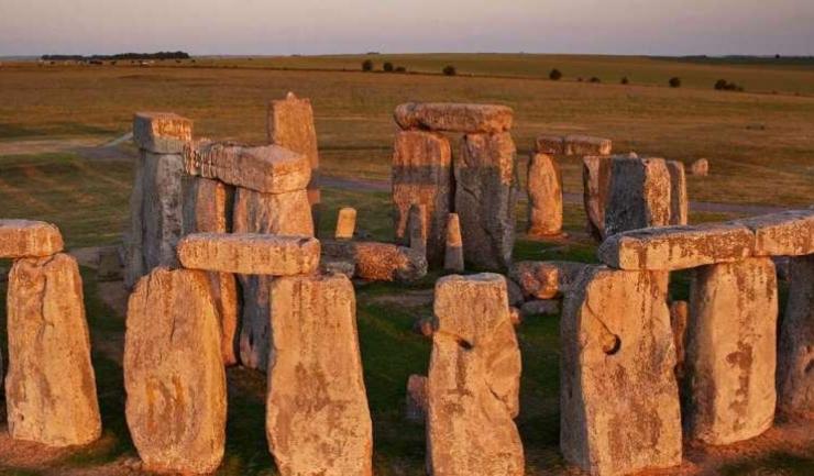 """Strămoşii """"arhitecţilor"""" Stonehenge au ajuns în Marea Britanie cu aproape 1.000 de ani înainte de a fi construit impresionantul monument"""
