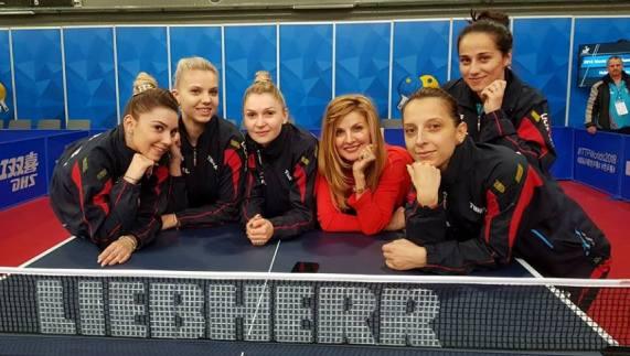 Tricolorele vor lupta pentru calificarea în semifinalele CM (sursa foto: Facebook Federația Română de Tenis de Masă)