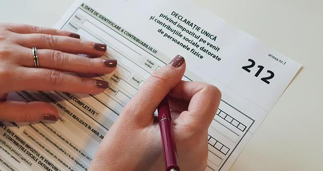 Guvernul vrea să prelungească cu două săptămâni, până la 31 iulie, termenul de depunere a declarației fiscale unice