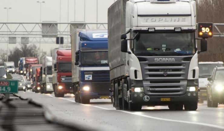 Transportul rutier a fost principalul contribuitor la exportul de servicii al României, în ultimii doi ani