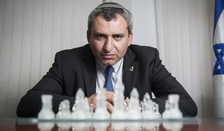 Zeev Elkin, susţinut de Benjamin Netanyahu, va avea de dus o luptă grea