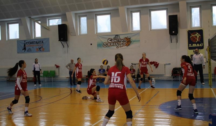 ACS Top Volei 05 Constanța a câștigat la București primul set din acest campionat