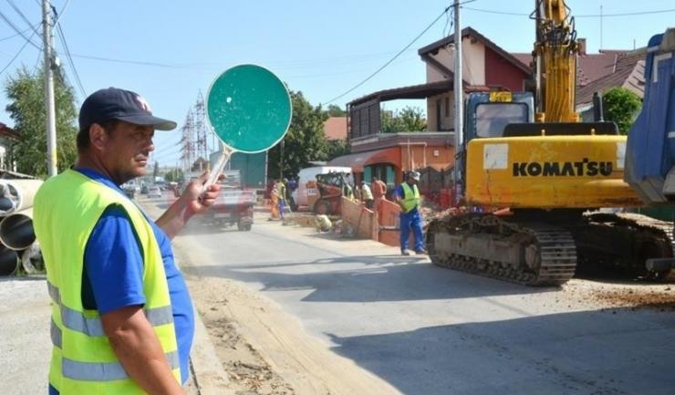 Până în 5 august se lucrează pe mai multe artere rutiere din Constanța, pentru reabilitarea tramei stradale și întreținerea sistemului de iluminat public