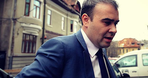 Darius Vâlcov a atacat iarăși conducerea BNR, dar a fost pus la punct extrem de brutal și... documentat