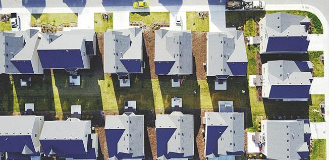 Mai mult de 42.500 de imobile au fost vândute, în septembrie, cu aproape 2.000 de unități peste nivelul din august