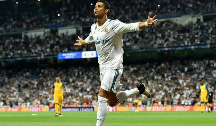 Cristiano Ronaldo şi-a trecut în cont o dublă (sursa foto: Facebook UEFA Champions League)