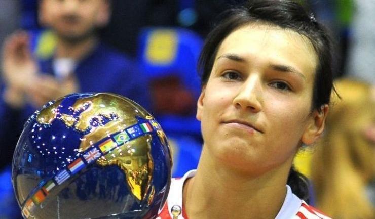 În 2015, Cristina Neagu a fost desemnată cea mai bună jucătoare a turneului final