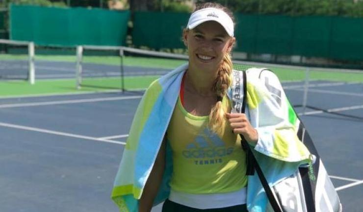 Caroline Wozniacki a pierdut primul joc disputat în Grupa Albă  (sursa foto: Facebook Caroline Wozniacki)