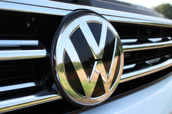 Volkswagen îşi suspendă producţia în Rusia