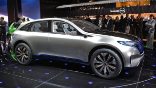 Mercedes-Benz va produce prima maşină electrică până în 2020