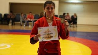 Sportivii de la CS Farul Constanța au cucerit trei medalii la CN de sambo