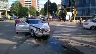 Accident rutier cu două victime, în intersecția de la Delfinariu