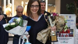 """Ana Maria Brînză-Popescu, """"asaltată"""" de... viitorii campioni"""