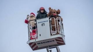 Cum l-au ajutat pompierii constănțeni pe Moș Crăciun să ajungă în Tărâmul Magic