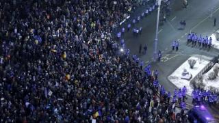 Încă cinci persoane, arestate în urma violenţelor de la protestele din Piaţa Victoriei