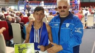 Boxeri constănțeni, medaliați la Naționalele pentru tineret