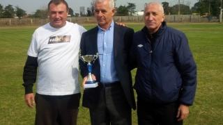 "Surprize la ""Cupa Prieteniei"" la fotbal"