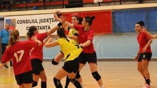 Handbalistele de la CSU Neptun, a 11-a victorie în Divizia A