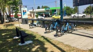 100 de bănci şi 390 de biciclete noi în Constanţa