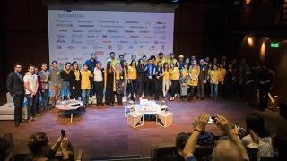 10 poveşti din Dubai! 4 premii pentru studenţii români