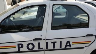 Minor de 12 ani, prins de polițiști la volanul unei mașini furate